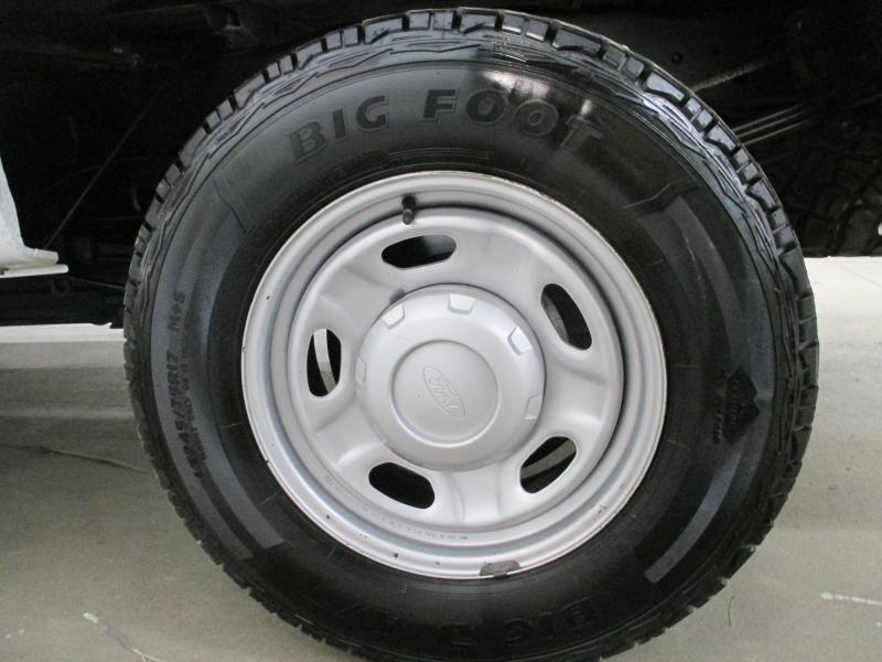Ford Super Duty F-250 XL 4WD 2013 price $15,450