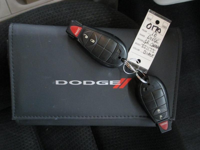 Dodge Grand Caravan 2016 price $8,900