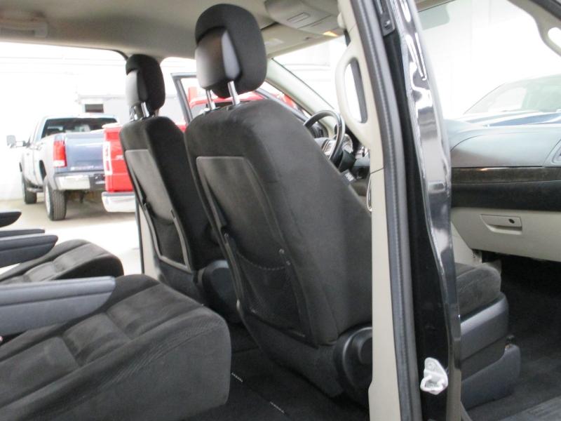 Dodge Grand Caravan 2016 price $8,450