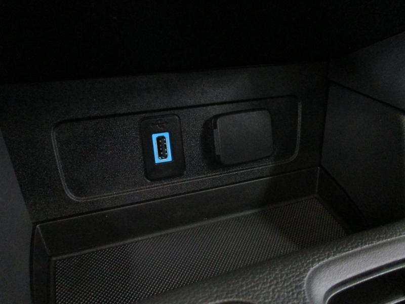 Ford Escape 2017 price $13,900