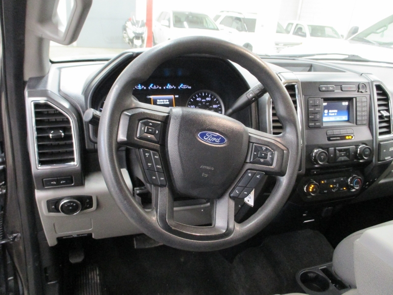 Ford Super Duty F-250 XLT 4WD 2017 price $33,900