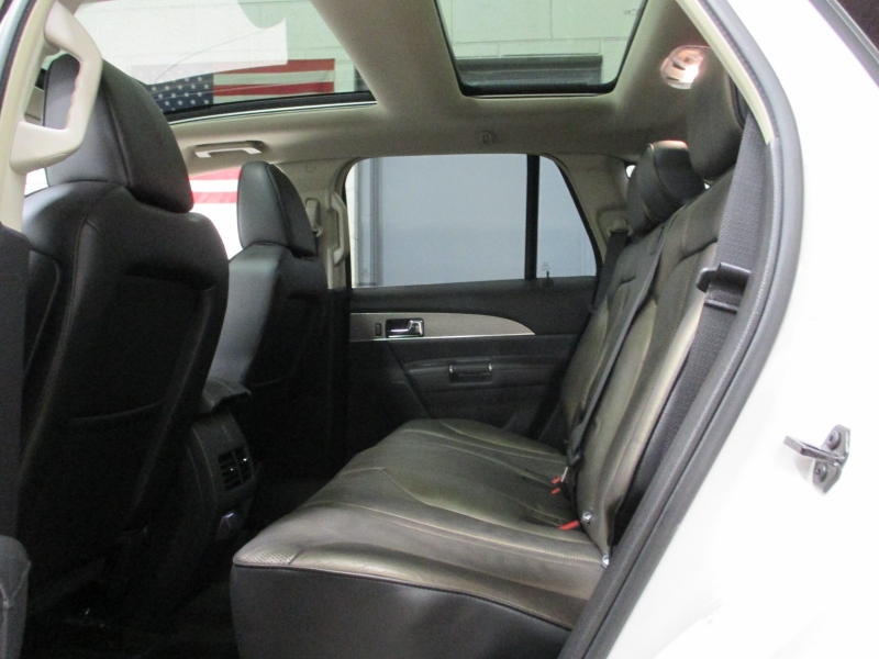 Lincoln MKX 2011 price $12,900