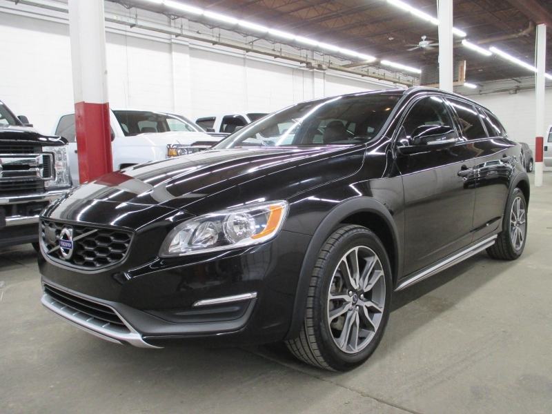 Volvo V60 Cross Country 2016 price $14,950