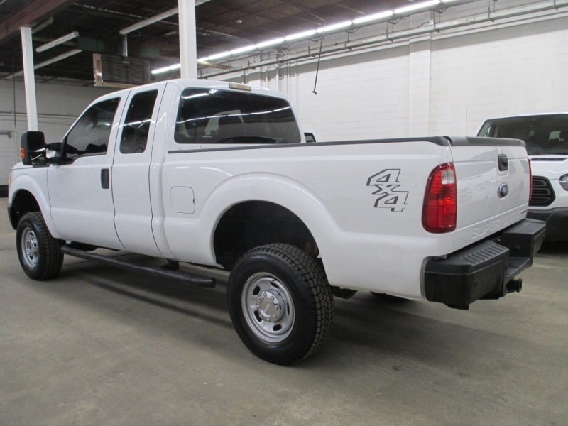 Ford Super Duty F-250 XL 4WD 2015 price $18,900