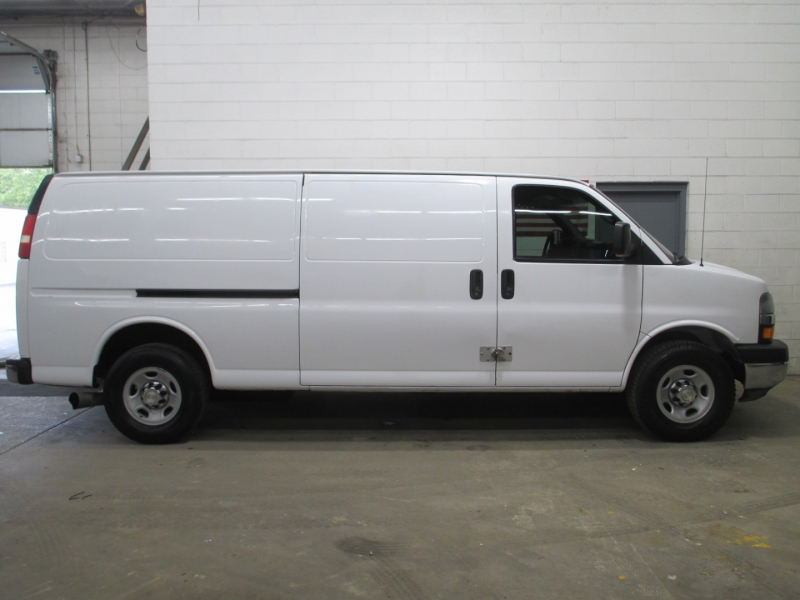 Chevrolet Express Cargo Van 2008 price $11,900