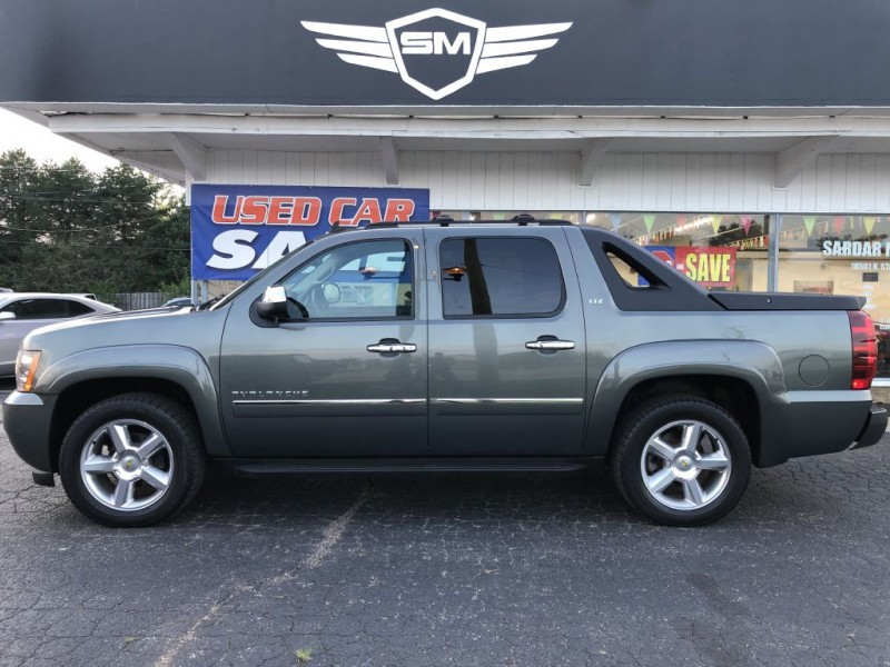 CHEVROLET AVALANCHE DVD 2011 price $22,855