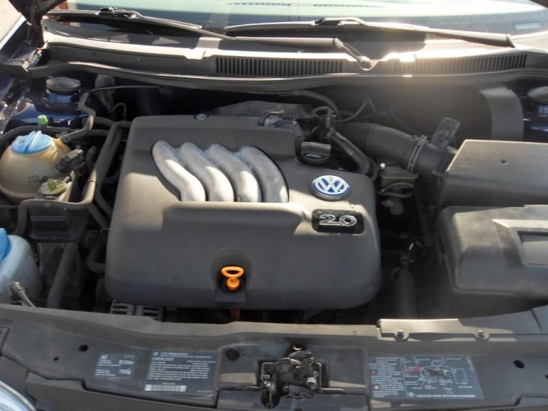 Volkswagen Golf 2001 price $3,499