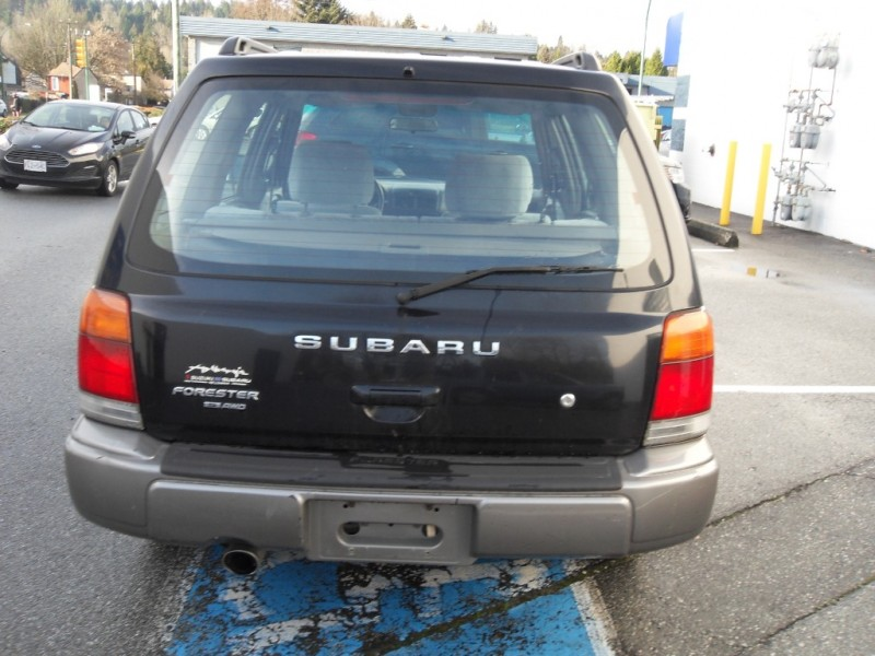 Subaru Forester 1998 price $3,499