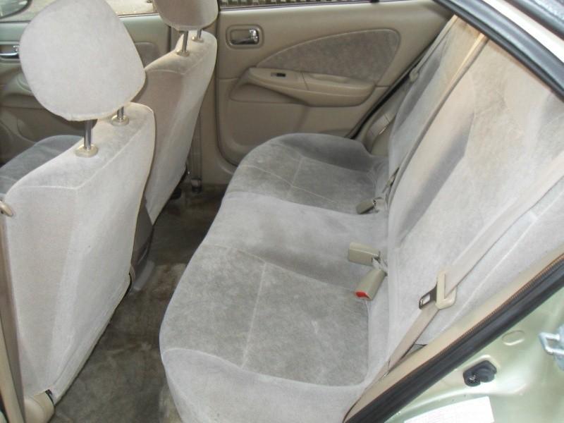 Nissan Sentra 2002 price $2,350