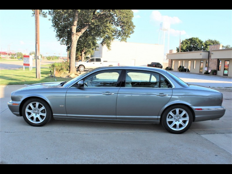 Jaguar XJ 2006 price $5,499