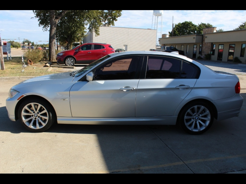 BMW 3-Series 2011 price $5,999