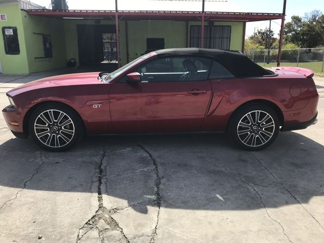 Ford Mustang 2010 price $13,900