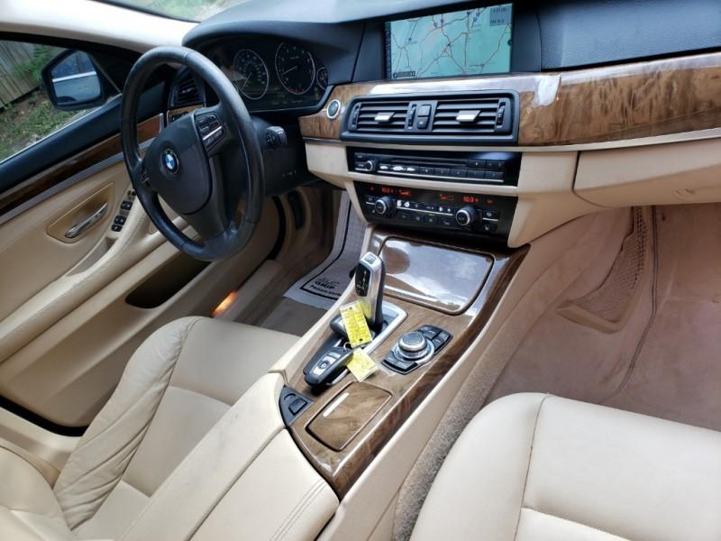 BMW 5-Series 2011 price $11,950