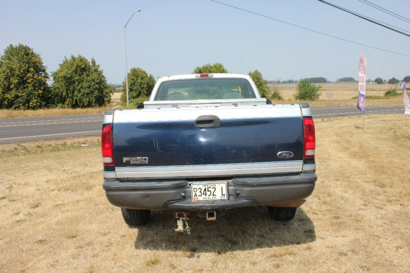 Ford Super Duty F-250 2002 price $5,497