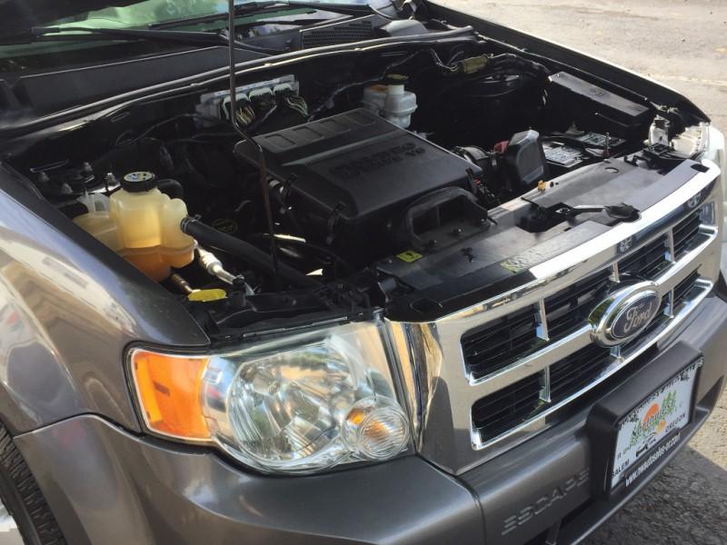 Ford Escape 2009 price $7,997