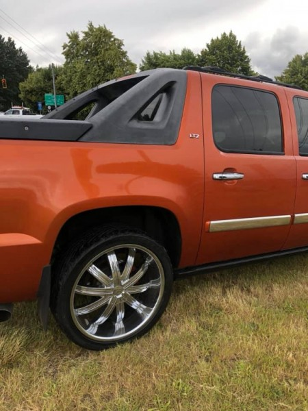 Chevrolet Avalanche 2007 price $12,497