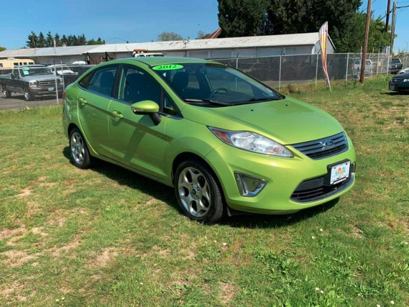 Ford Fiesta 2012 price $5,550