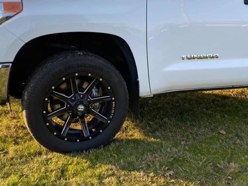 Toyota Tundra 4WD 2017 price $29,997