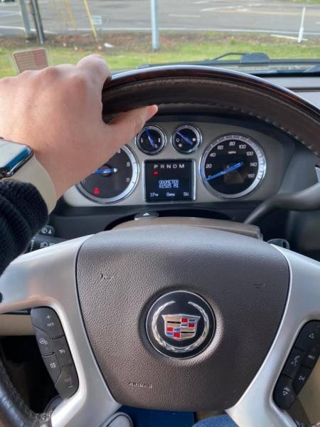 Cadillac Escalade 2013 price $26,497