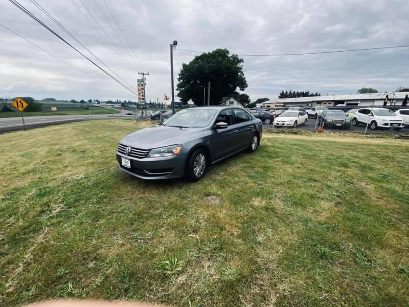 Volkswagen Passat 2014 price $6,250