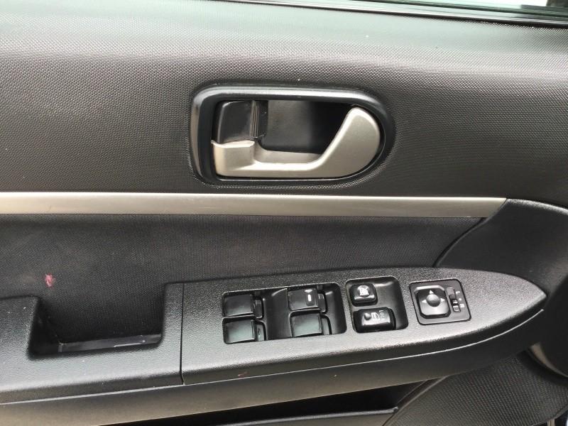 Mitsubishi Galant 2012 price $3,000 Cash