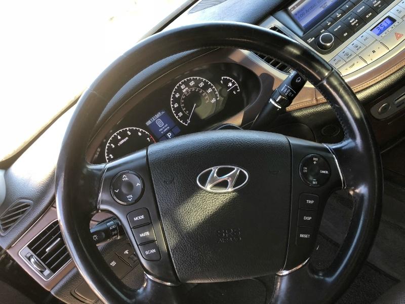Hyundai Genesis 2009 price $5,995