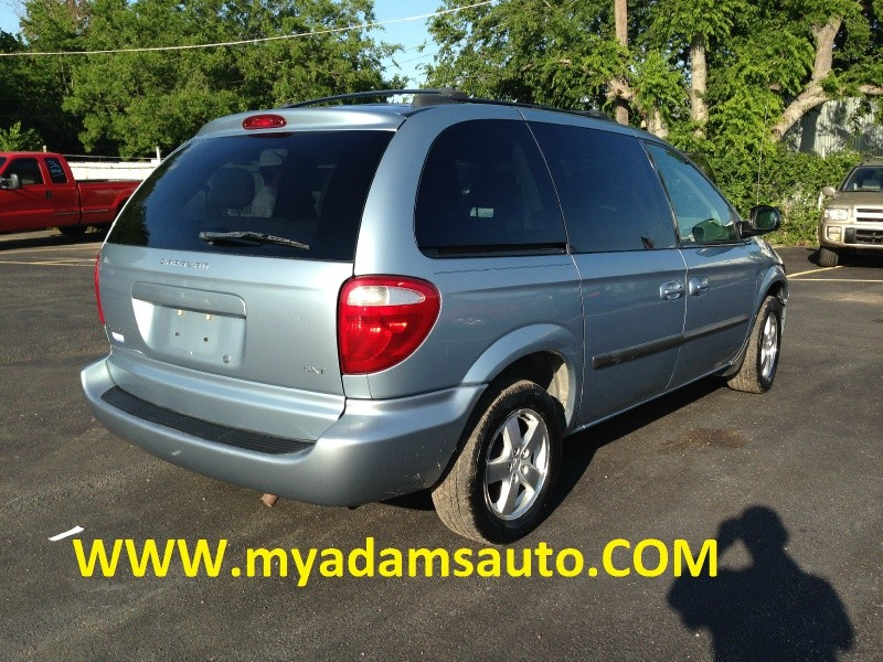Dodge Caravan 2005 price $1,000 Down