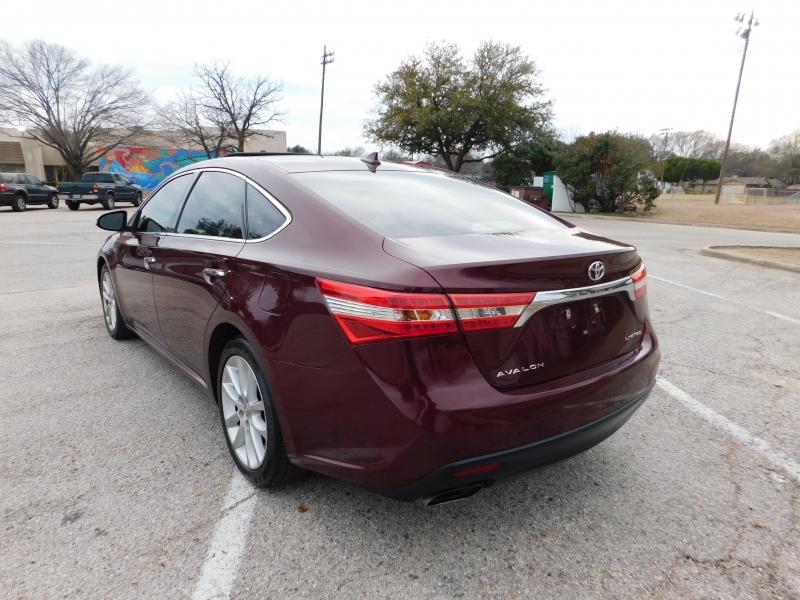 Toyota Avalon 2013 price $11,450