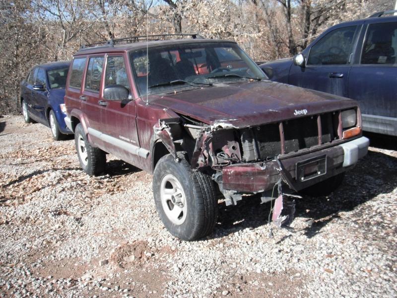 Jeep Cherokee 2000 price $990