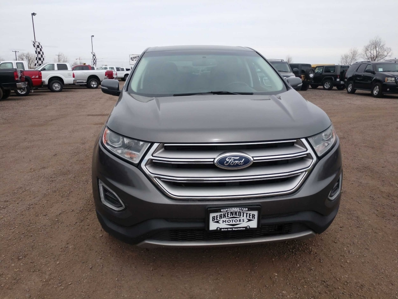 Ford Edge 2015 price $16,800