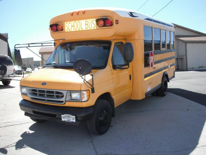 BLU BUS 2002 price $9,900