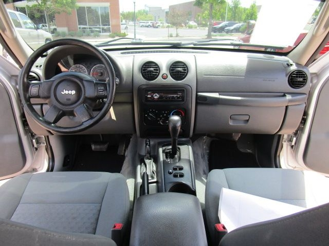 Jeep Liberty 2005 price $7,203
