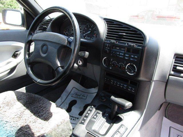 BMW 3 Series 1994 price $4,995