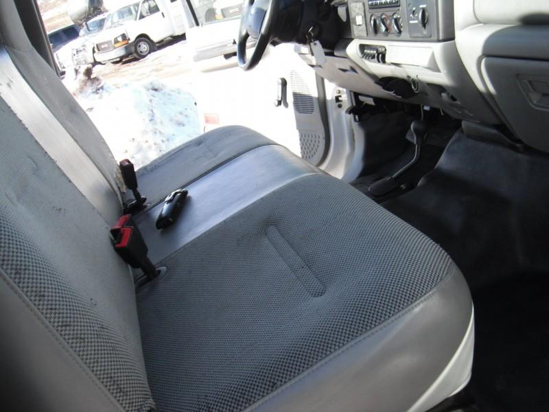 Ford F-450 Super Duty 2005 price $7,595