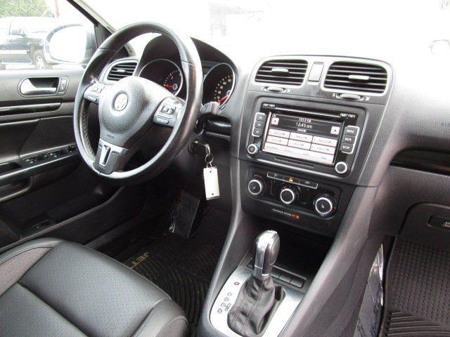 Volkswagen Jetta 2011 price $10,495
