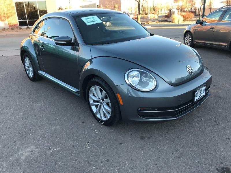 Volkswagen Beetle 2013 price $13,995