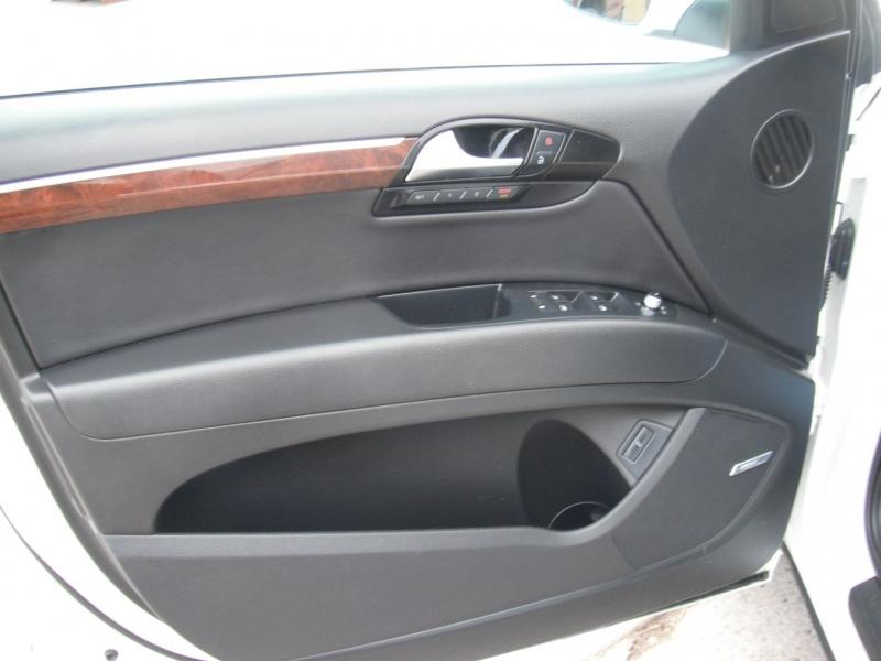 Audi Q7 2010 price $13,962