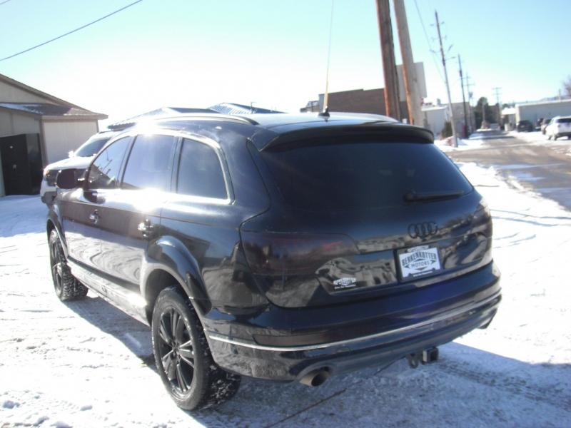 Audi Q7 2011 price $15,900