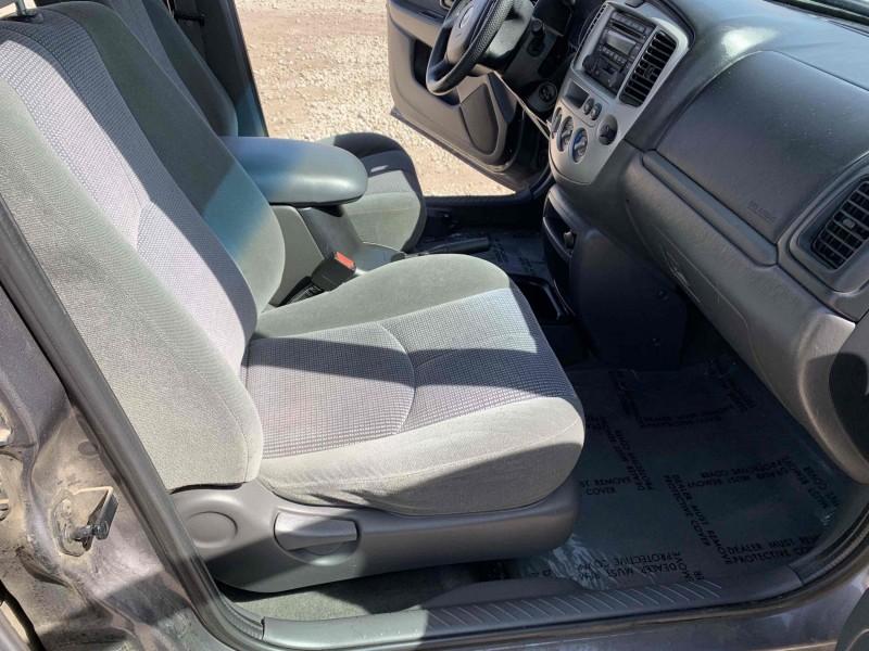 Mazda Tribute 2003 price $3,495