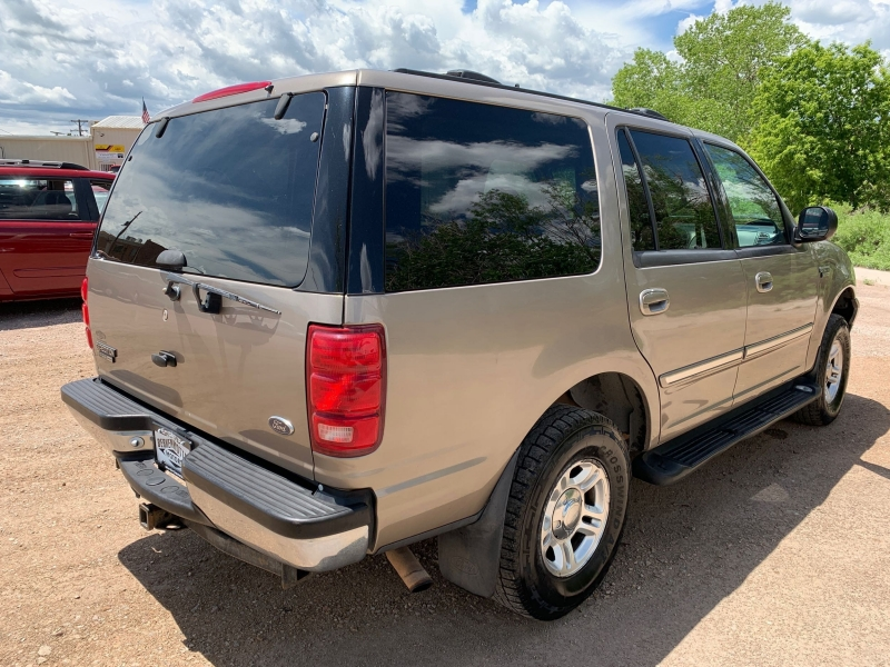 Ford Expedition 2001 price $2,795