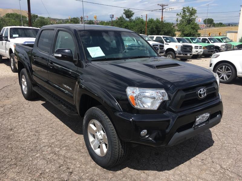Toyota Tacoma 2015 price $28,995