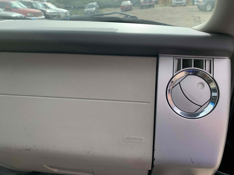 Ford Expedition 2010 price $12,400
