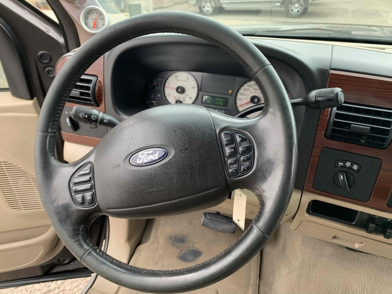 Ford F-250 Super Duty 2005 price $13,490