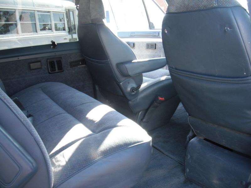 Dodge Ram Wagon 1997 price $8,995