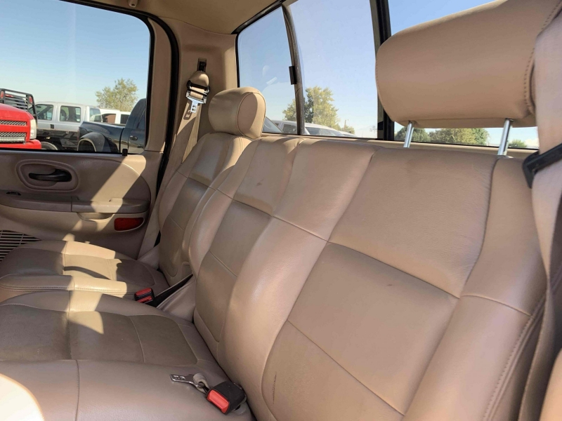 Ford F-150 2003 price $8,900