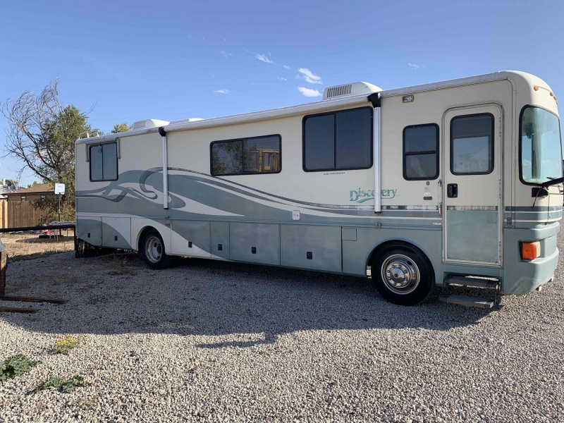 Fleetwood Discovery 1996 price $15,000