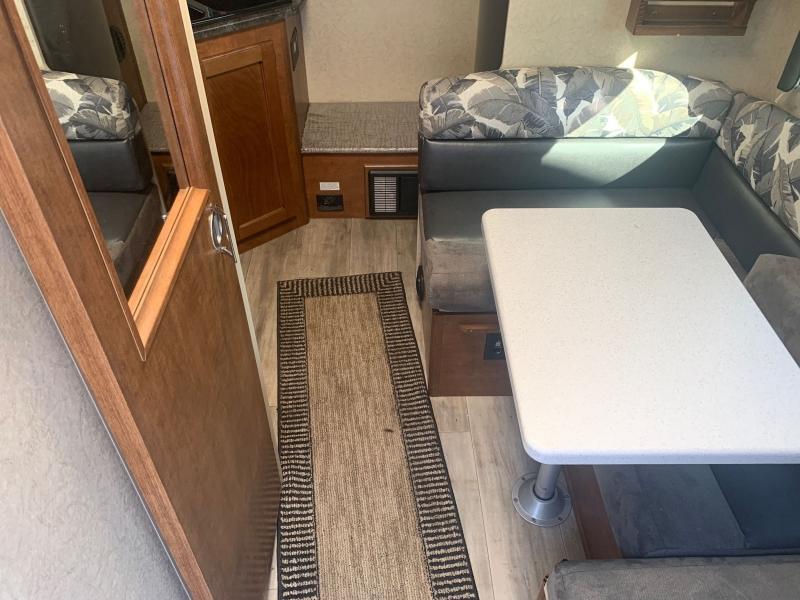 LANCE 850 2017 price $25,995