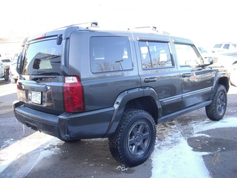 Jeep Commander 2006 price $10,900
