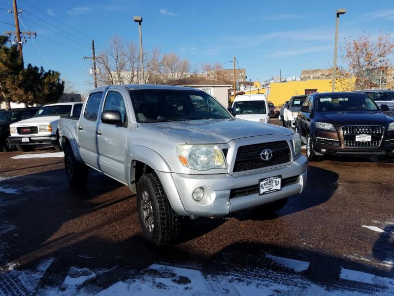 Toyota Tacoma 2005 price $11,900