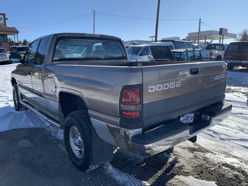Dodge Ram Pickup 1500 2001 price $2,800